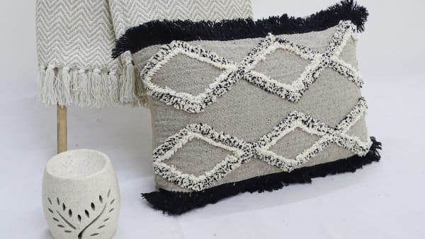 Tuffted Decorative Pillow