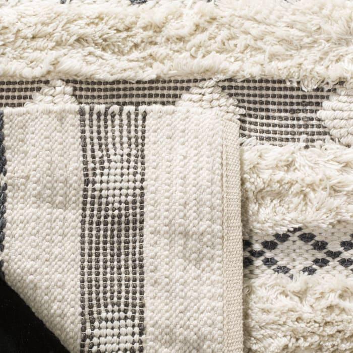 Chipley 950 5' X 8' Ivory Wool Rug
