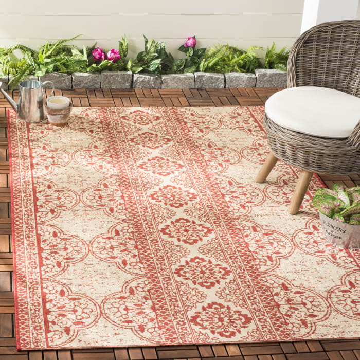 Laguna 174 4' X 6' Red Polypropylene Rug