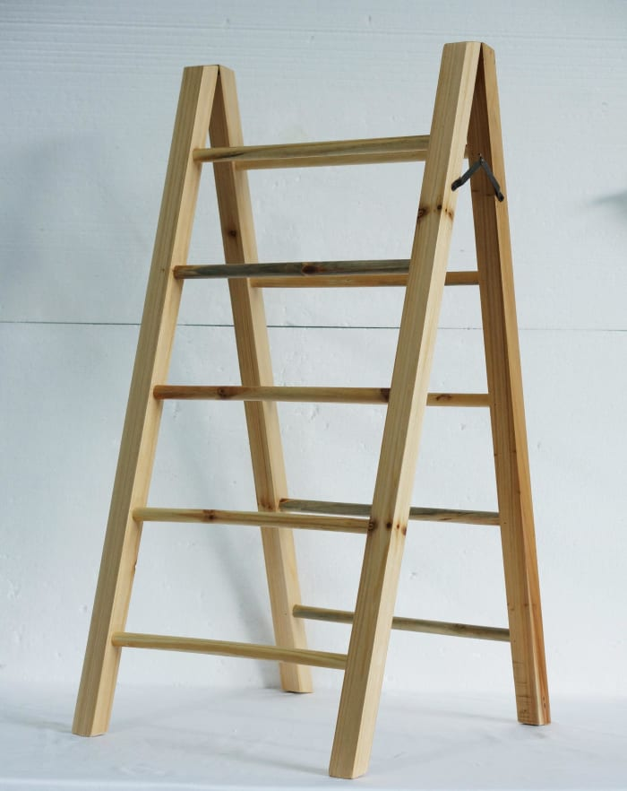 Natural Table top Ladder, Large