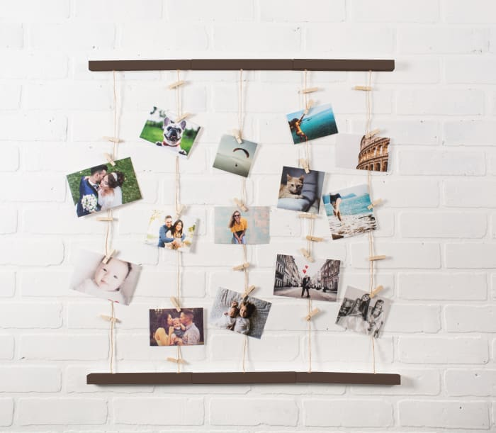 Floating Frame With Clips Natural