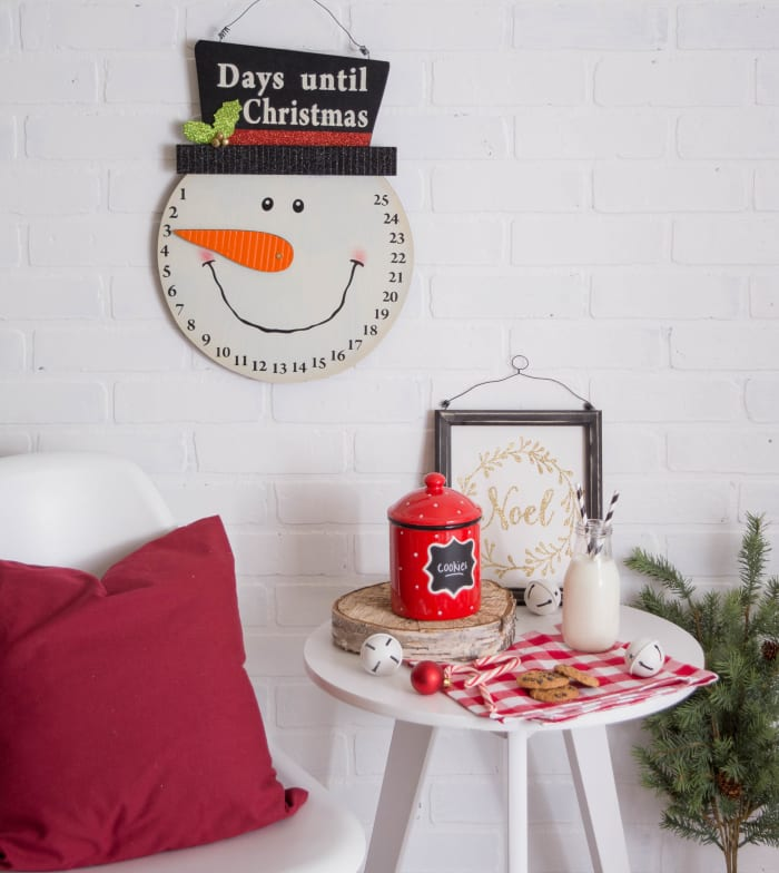 Snowman Days Til Christmas Hanging Sign