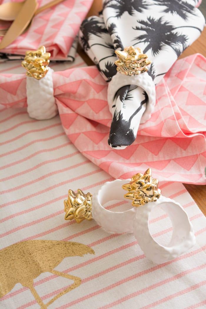 Gold Pineapple Napkin Ring (Set of 4)