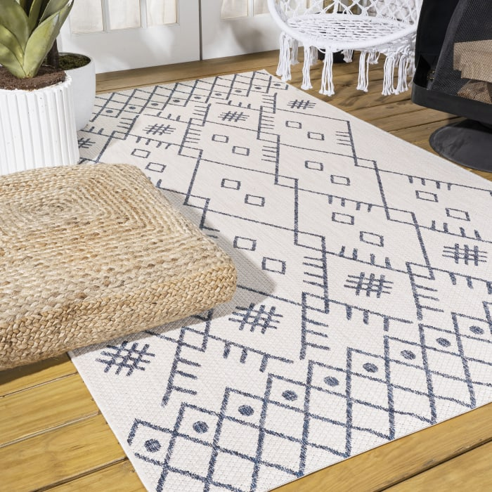 Boho Moroccan Indoor/Outdoor Ivory/Navy Area Rug