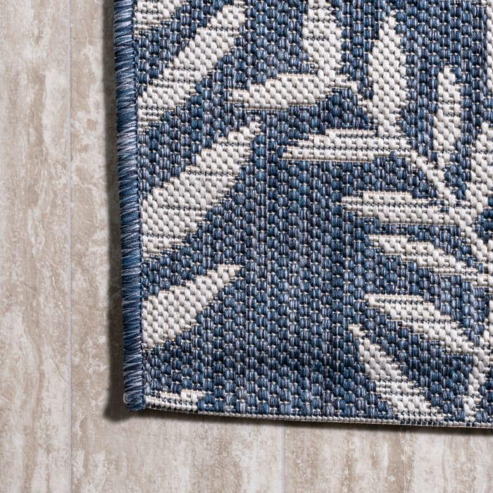 Nevis Palm Frond Indoor/Outdoor Navy/Ivory 4 ft. x 6 ft. Area Rug