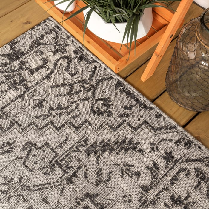 Estrella Bohemian Medallion Textured Weave Indoor/Outdoor Black/Gray 2 ft. x 8 ft. Runner Rug