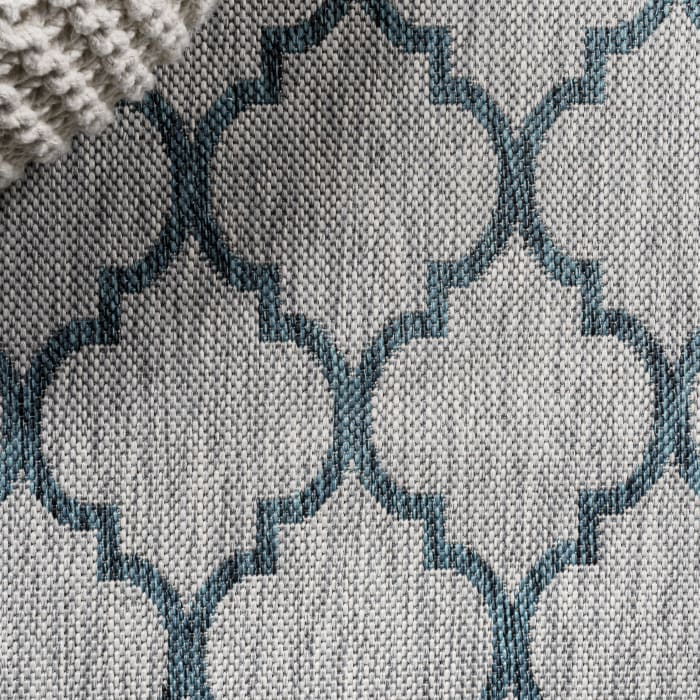 Arabesque Ogee Trellis Indoor/Outdoor  Gray/Teal Runner Rug