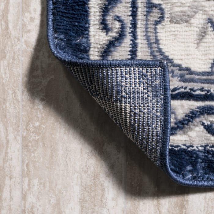 Cottage Medallion Ivory/Navy Runner Rug