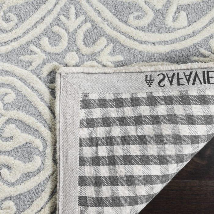 Benson 123 9' X 9' Square Silver Rug