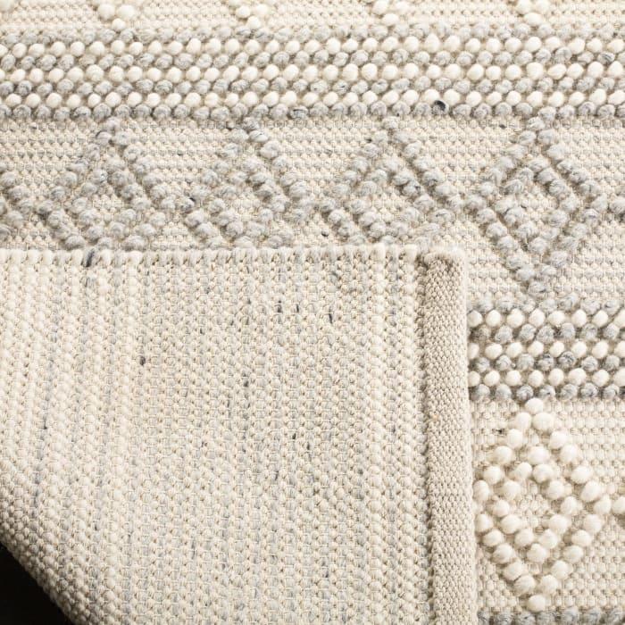 Chipley 750 4' X 6' Gray Wool Rug