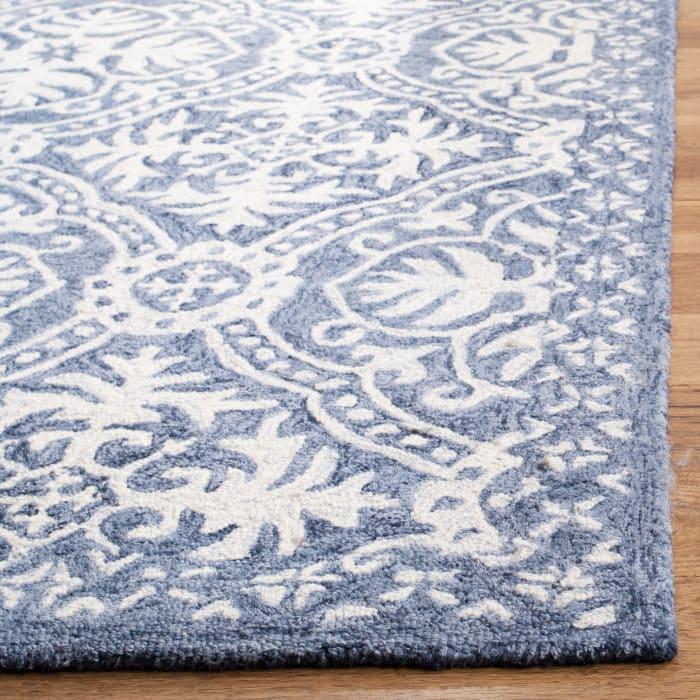 Essence 606 8' X 10' Blue Wool Rug