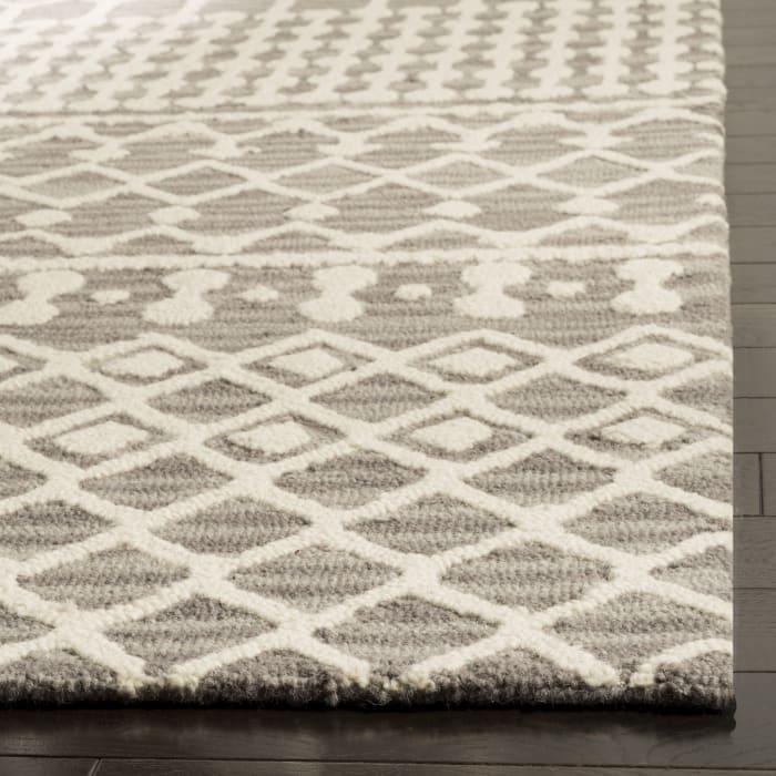 Gray Wool Rug 4' X 6'