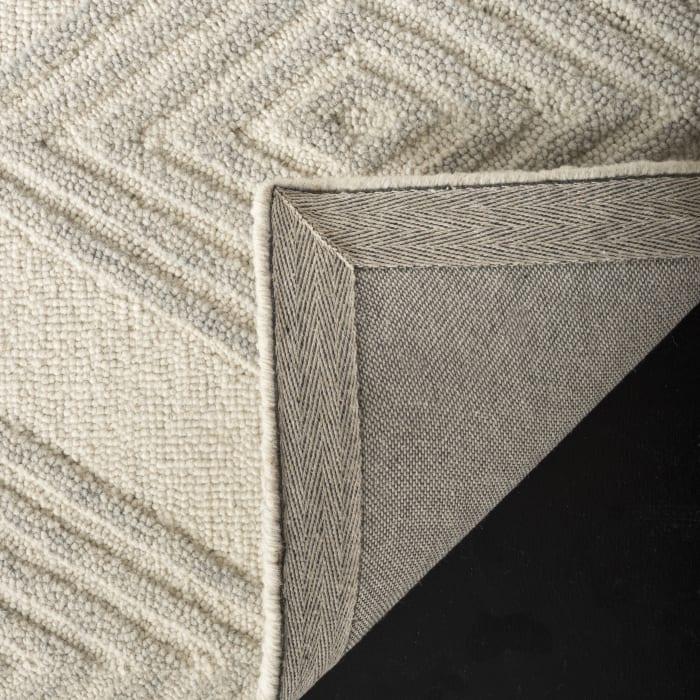 Ivory Wool Rug 2.5' x 9'