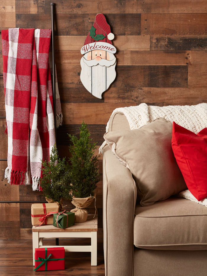 Santa Claus Welcome Hanging Sign