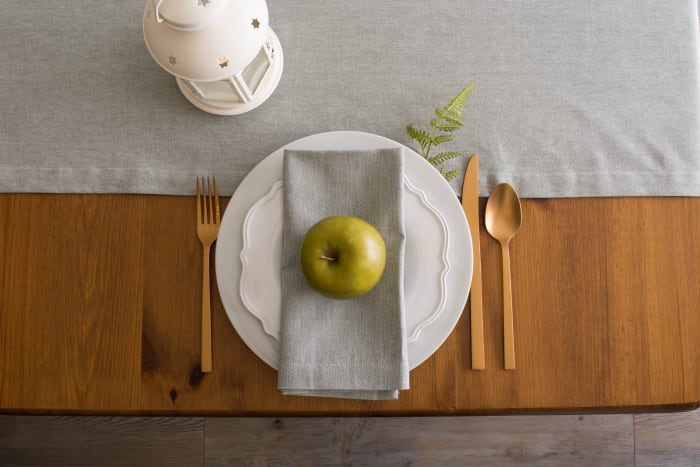 Artichoke Solid Chambray Table Runner 14x108