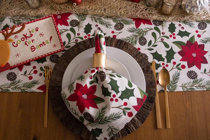 Woodland Christmas Table Set