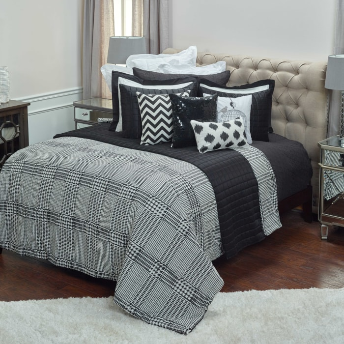 Black/White 100% Cotton Houndstooth 68