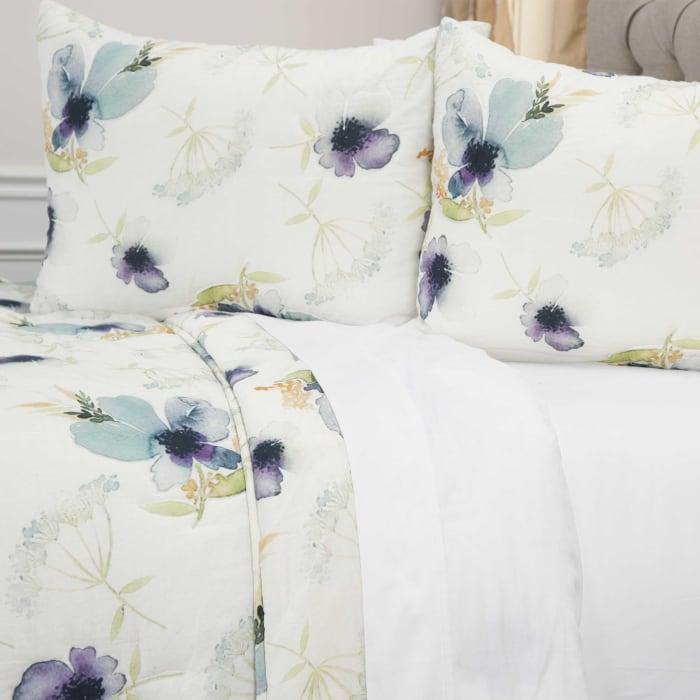 White 100% Cotton Watercolor Floral 106