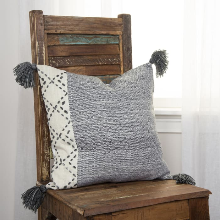 Color Block Tasseled Ivory/Gray Pillow Cover