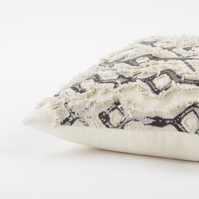 Geometric Silver/Ivory Pillow Cover
