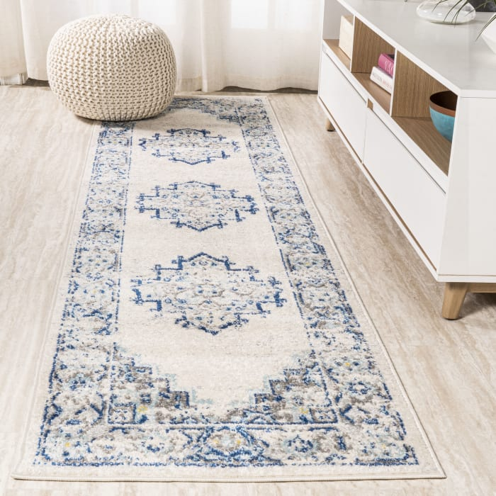 Blue and White Cottage Medallion Blue/Gray Runner Rug