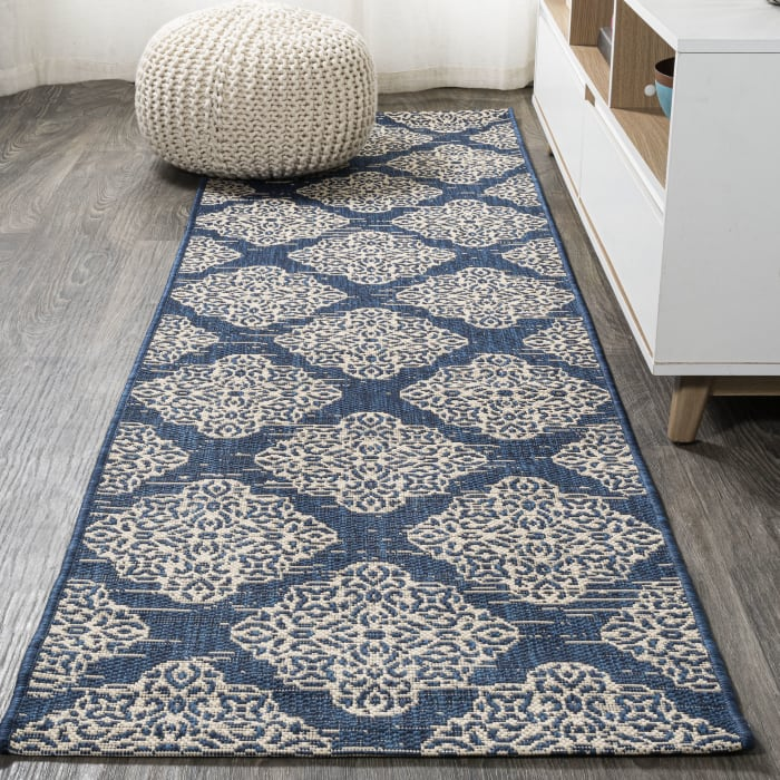 Ornate Medallions Indoor/Outdoor Navy/Beige Runner Rug