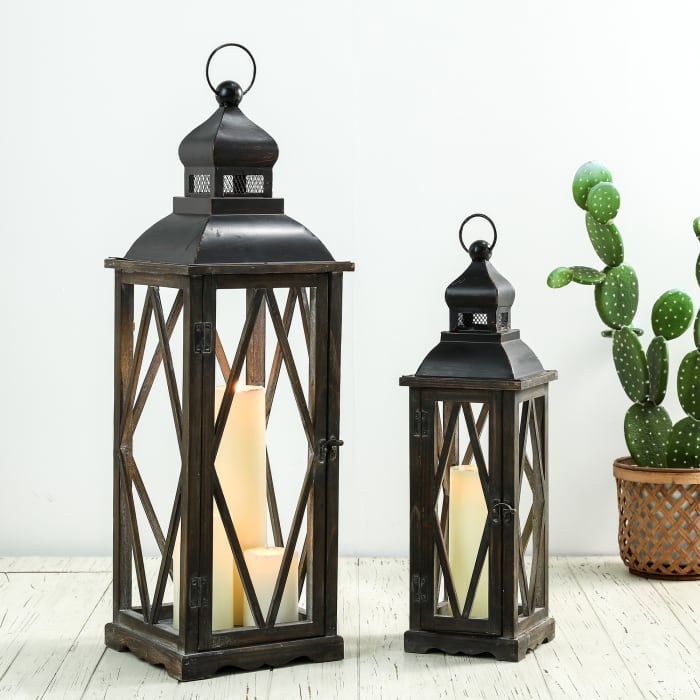 Set of 2  Black Farmhouse Wooden Lanterns With Diamond Window Frame