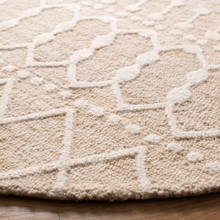 Tan Wool Rug  4' Round