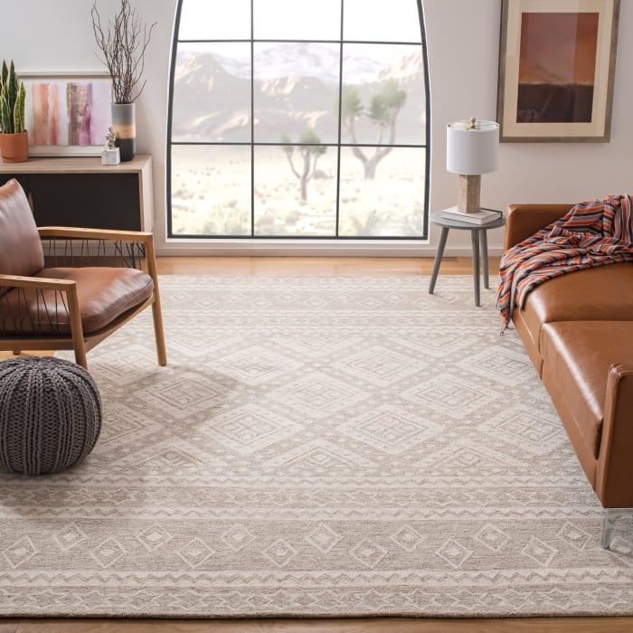 Essence Natural Wool Rug 5' x 8'