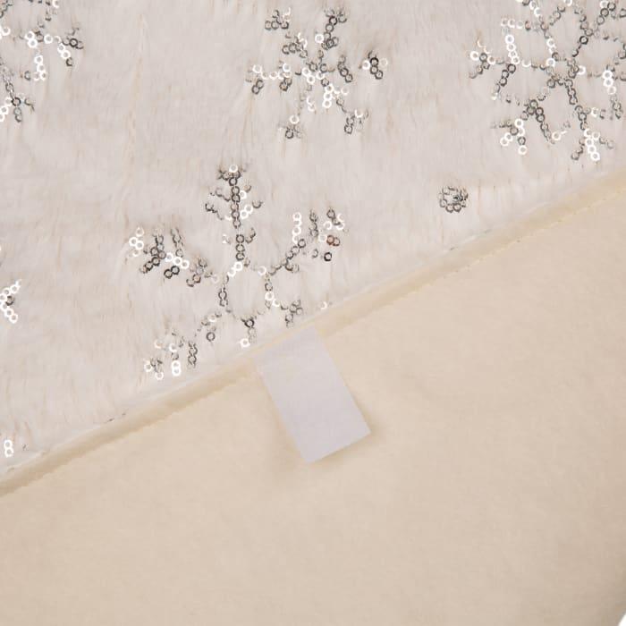 White Plush with Snowflake Christmas Tree Skirt