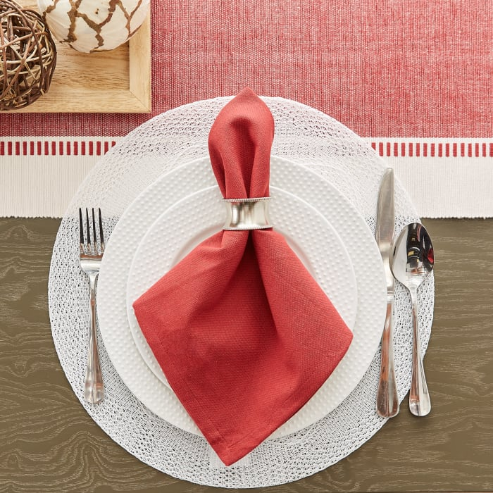White Floral Woven Round Placemat Set/6