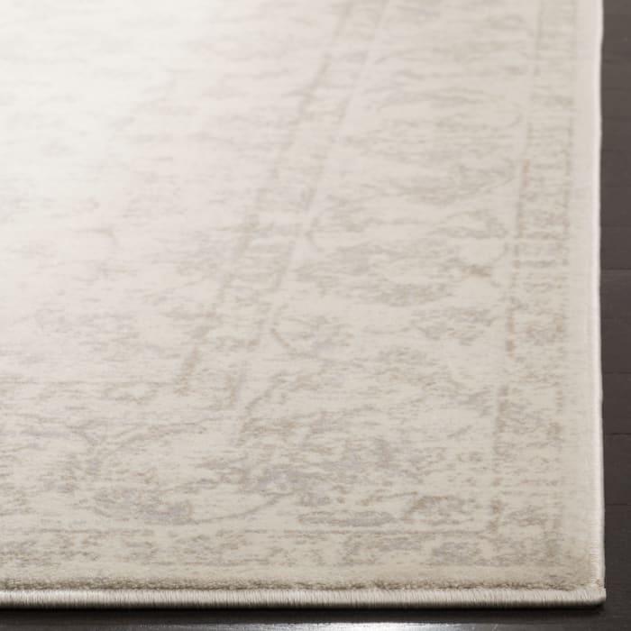 Ivory Polypropylene Rug 5' x 8'