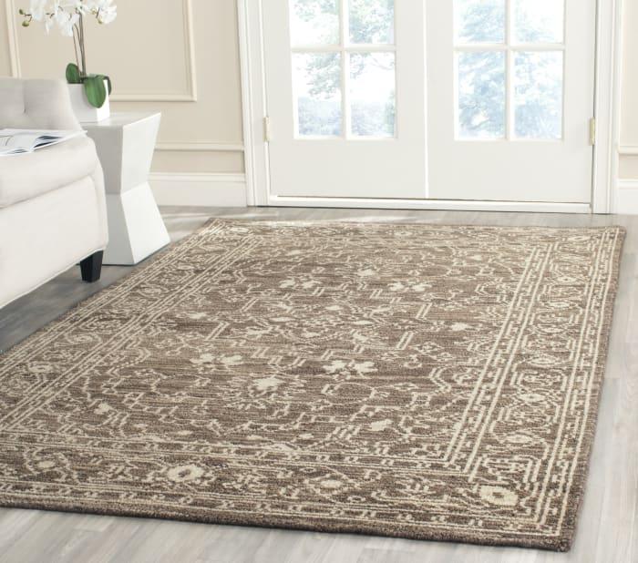 Brown Wool Rug  5' x 8'