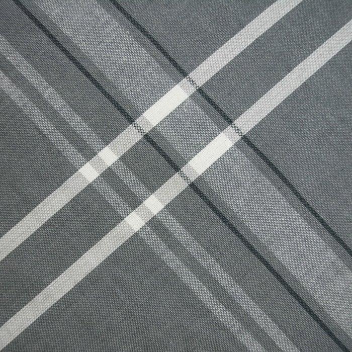 Bordered Gray 70
