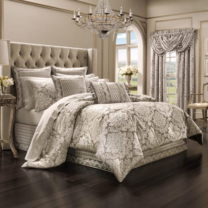 4-Piece California King Comforter Set