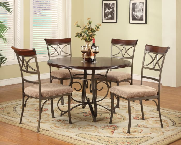 Stationary Cherry Wood 5-Piece Dining Set