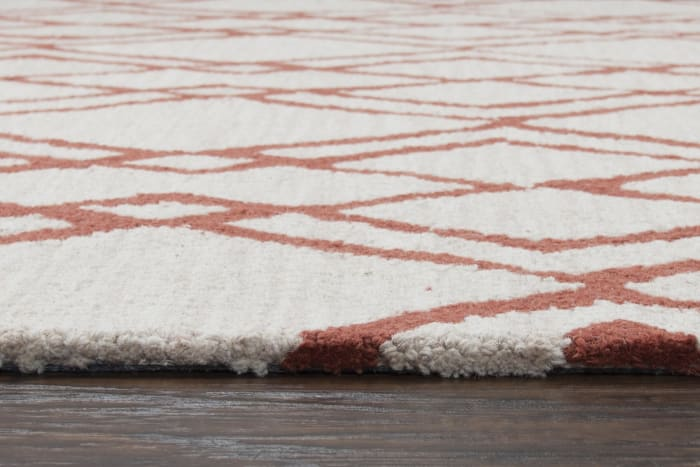 Interlocking Diamond Rust & Ivory Wool Rug 2' x 3'