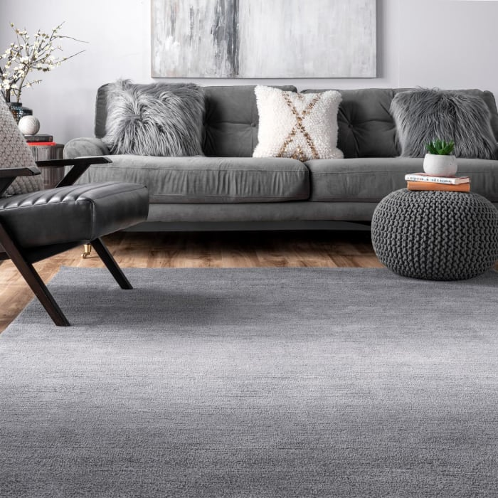 Hand Tufted Ombre Bernetta 8' x 10' Gray Rug