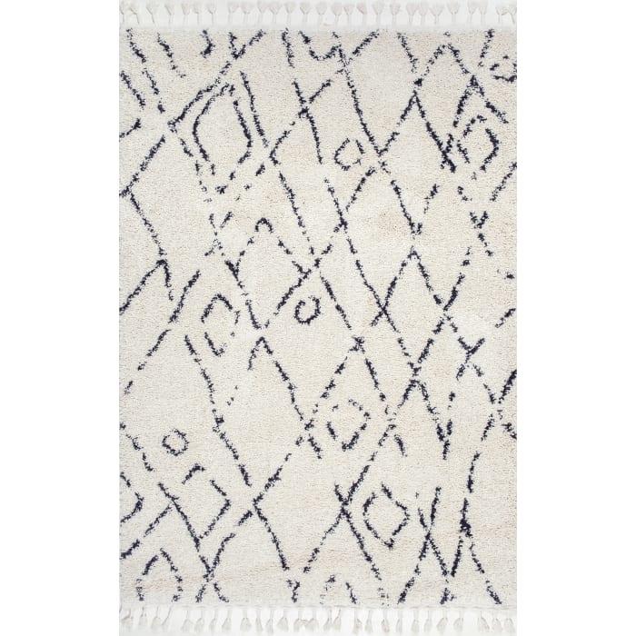 Nieves Moroccan Diamond Tassel 5' x 8' Off White Rug