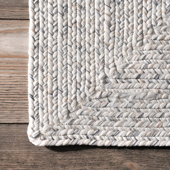Braided Lefebvre Indoor/Outdoor 5' x 8' Ivory Rug