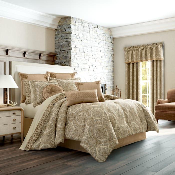 Gold Queen Comforter Set