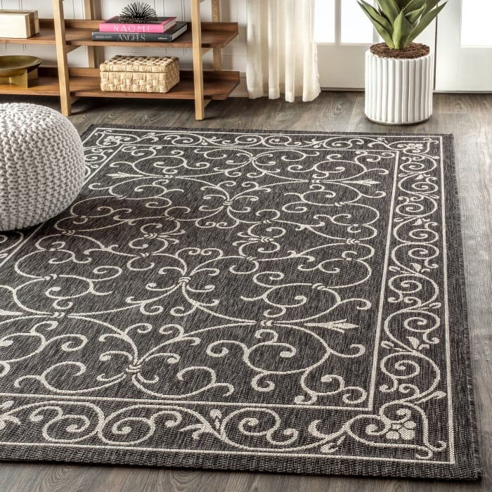 Vintage Filigree Textured Weave Indoor/Outdoor Black/Gray 5' x 8' Area Rug