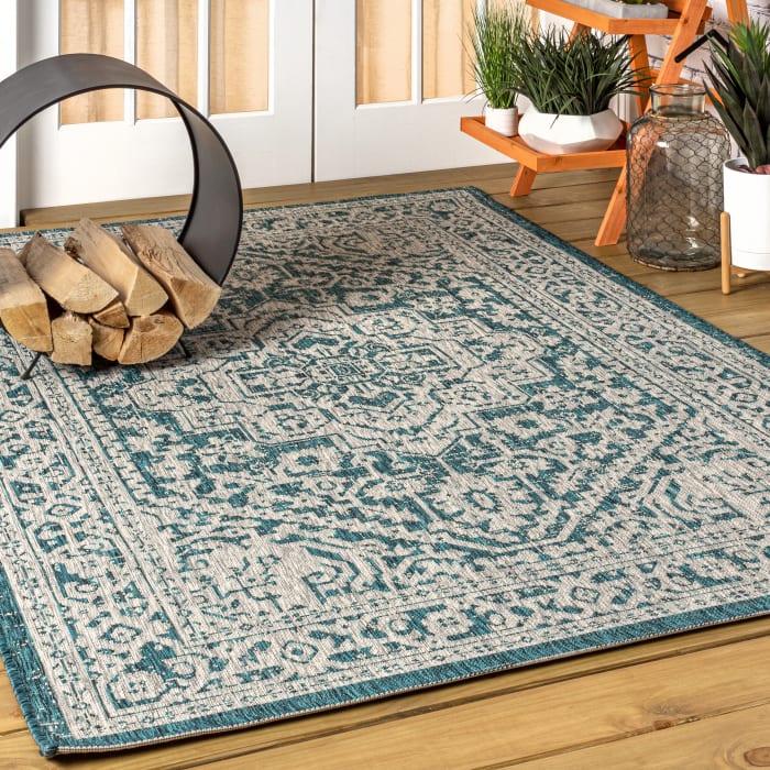 Medallion Textured Weave Indoor/Outdoor Teal Blue/Gray 8' x 10' Area Rug