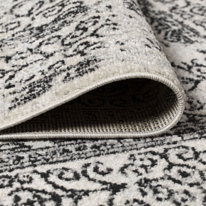Filigree Charcoal Black and White Gray/Black 5' x 8' Area Rug