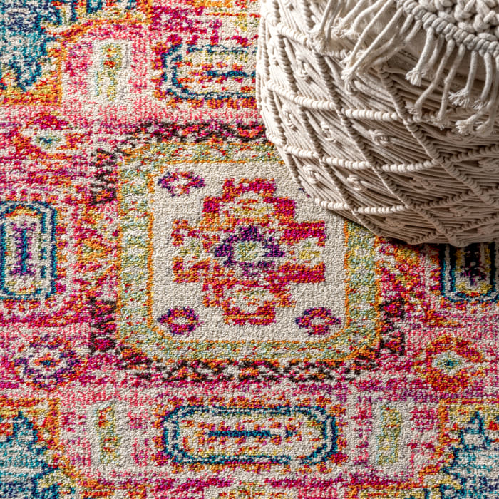 Bohemian FLAIR Boho Vintage Medallion Blue/Red 5' x 8' Area Rug