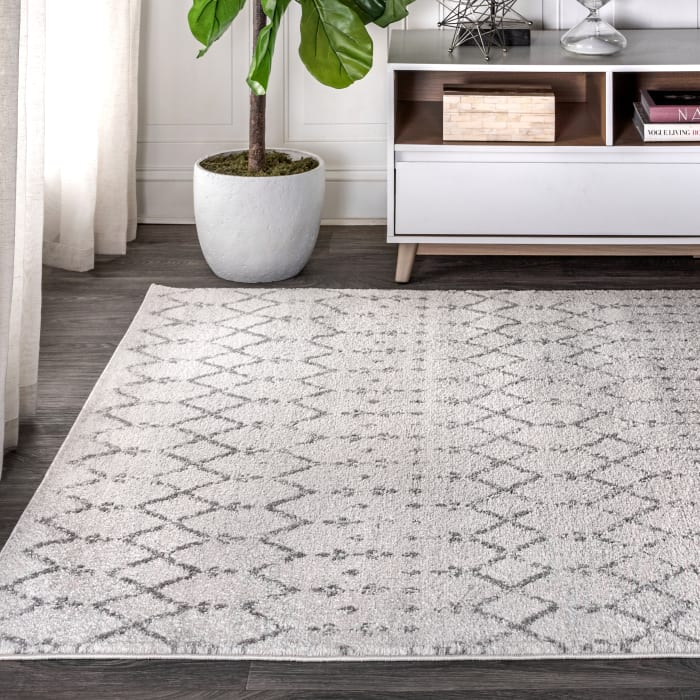 Moroccan HYPE Boho Vintage Diamond Cream/Gray Area Rug