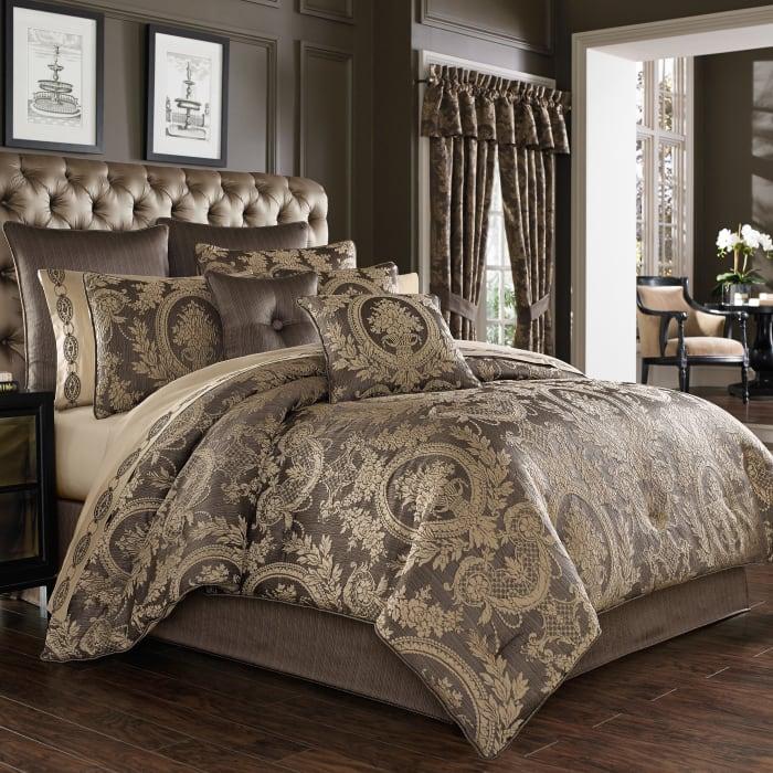 Neapolitan Mink California King 4Pc. Comforter Set