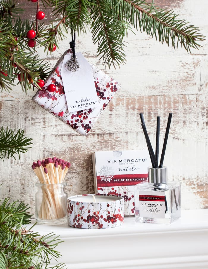 Via Marcato Natale Winter Berry Scented Matches