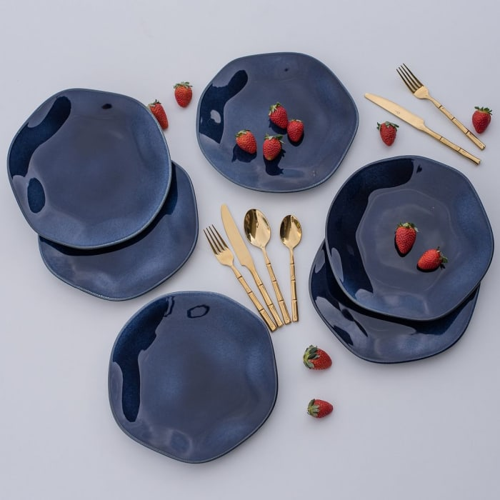 RYO 12 Piece Blue Dinner Plate Set