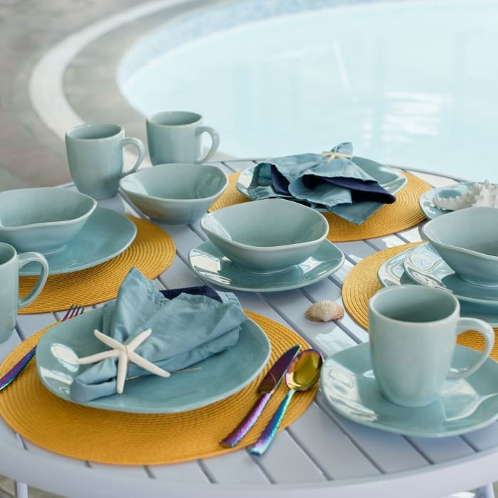 RYO 32 Piece Light Blue Dinnerware Set